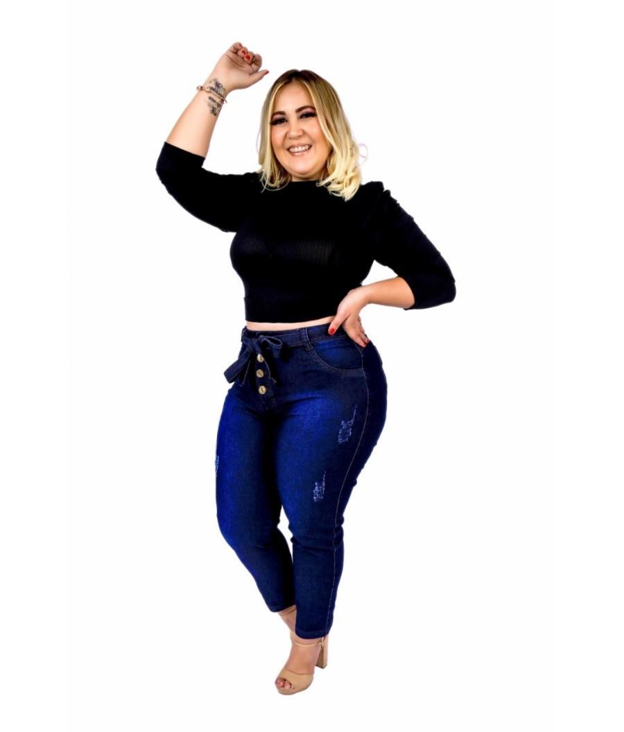 Calça Jeans Feminina Plus Size Skinny Cintura Alta Com Cinto e Fechamento por Botões